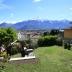 Terras met uitzicht op de Monte Legnone