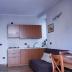 Woonkamer en keuken appartement Marrone